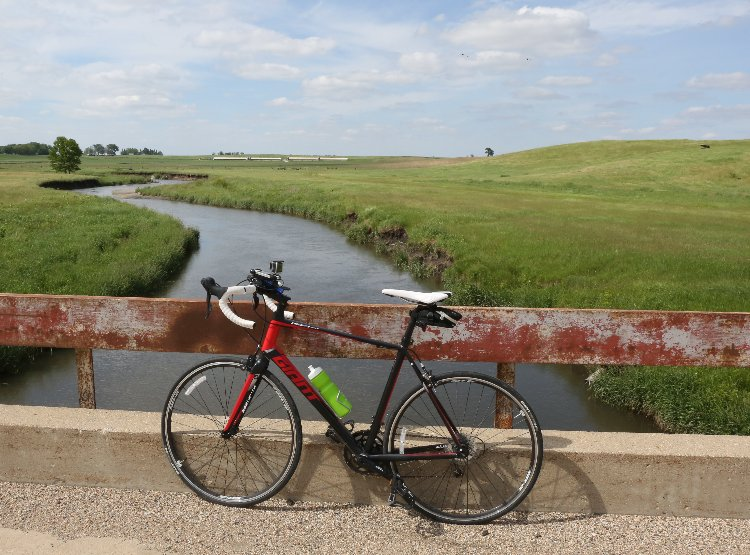 Taken during the 2015 RAGBRAI preride on Tuesday, June 2, 2015.  Originally posted at http://ragbrai.com/wp-content/gallery/day-3-of-ragbrai-pre-ride-fort-dodge-to-eldora/des-m0603preride-bh_0988.jpg
